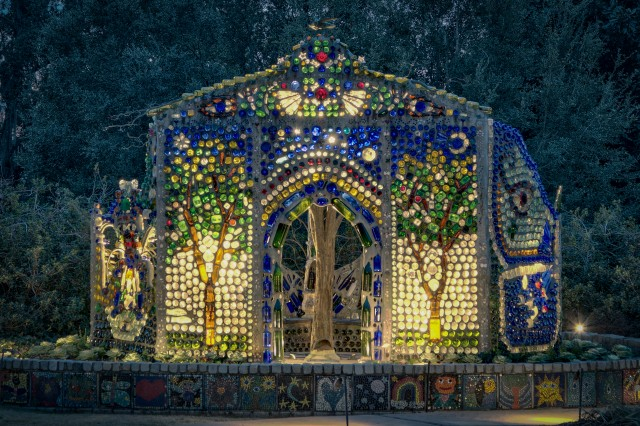 The Minnie Evans Bottle Chapel @      Airlie Gardens